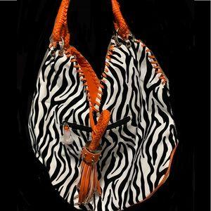GG...ing shoulder bag